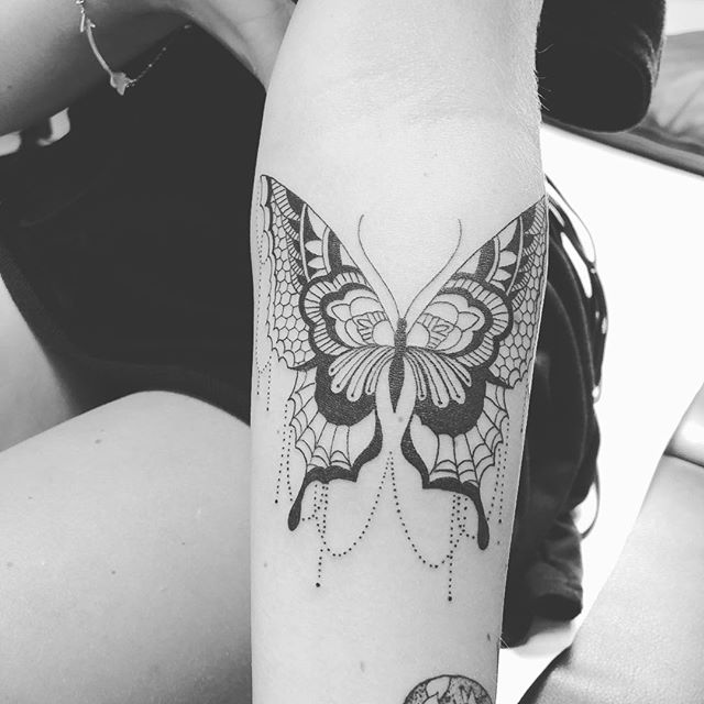 #butterflytattoo #kiheitattoo #mauitattoo #zentattoomaui #girlswithtattoos #tribaltattoo #tribaltattoos #wailea #makena #fourseasonsmaui #grandwailea #lahaina #kaanapalibeach #kapalua #paia #haiku #