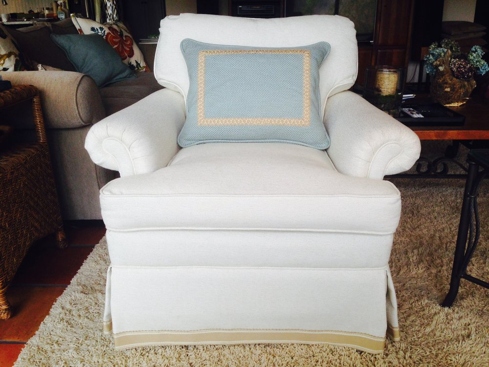 Burton white chair.JPG