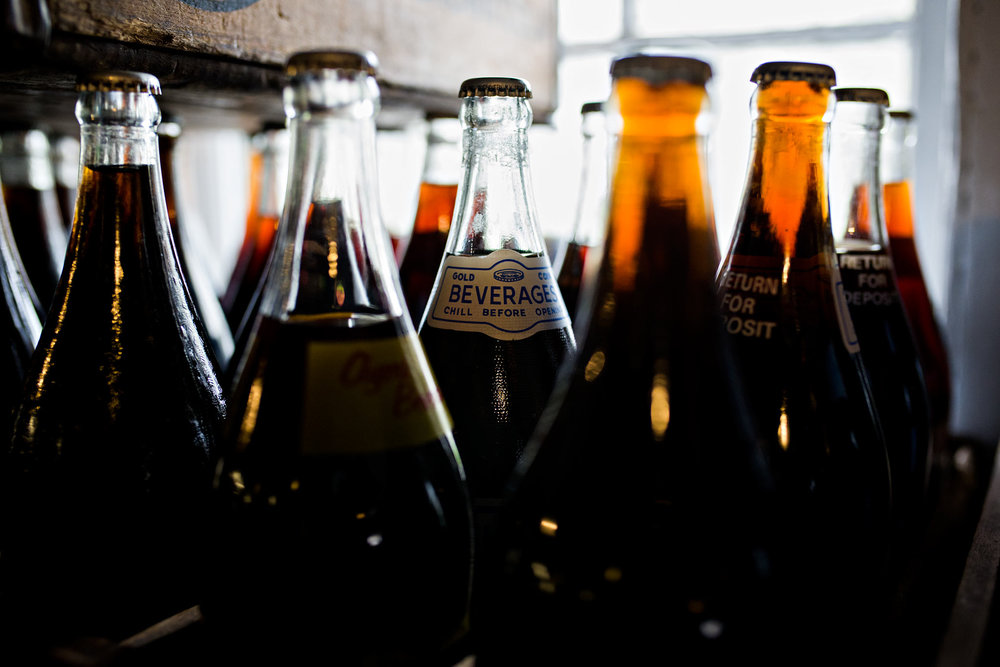 averys beverages soda new britian connecticut family photography