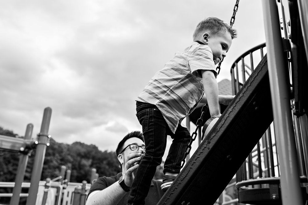 child climbing at the park connectcut family photographer