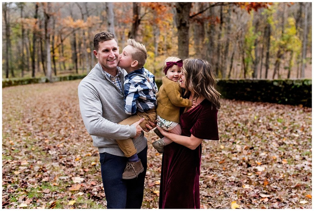 fall photography sessions in connecticut. ct family photographer