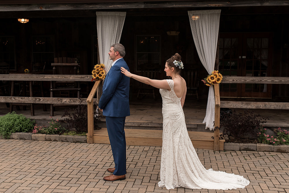 bride and groom first look with ct wedding photographer, Rebecca Lynne Photography
