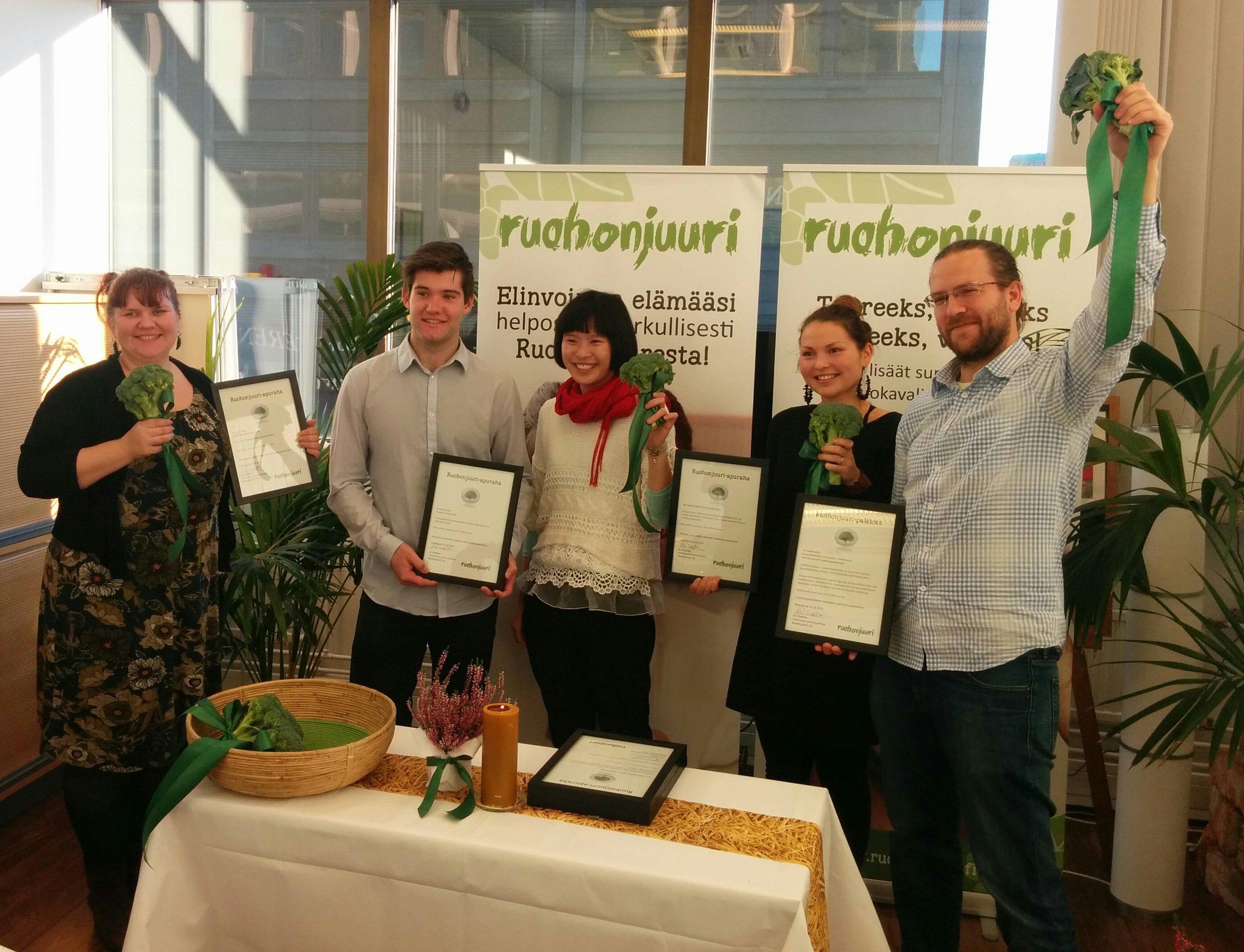 Kaupunkilaisten oma pelto sai Ruohonjuuri-palkinnon 2015