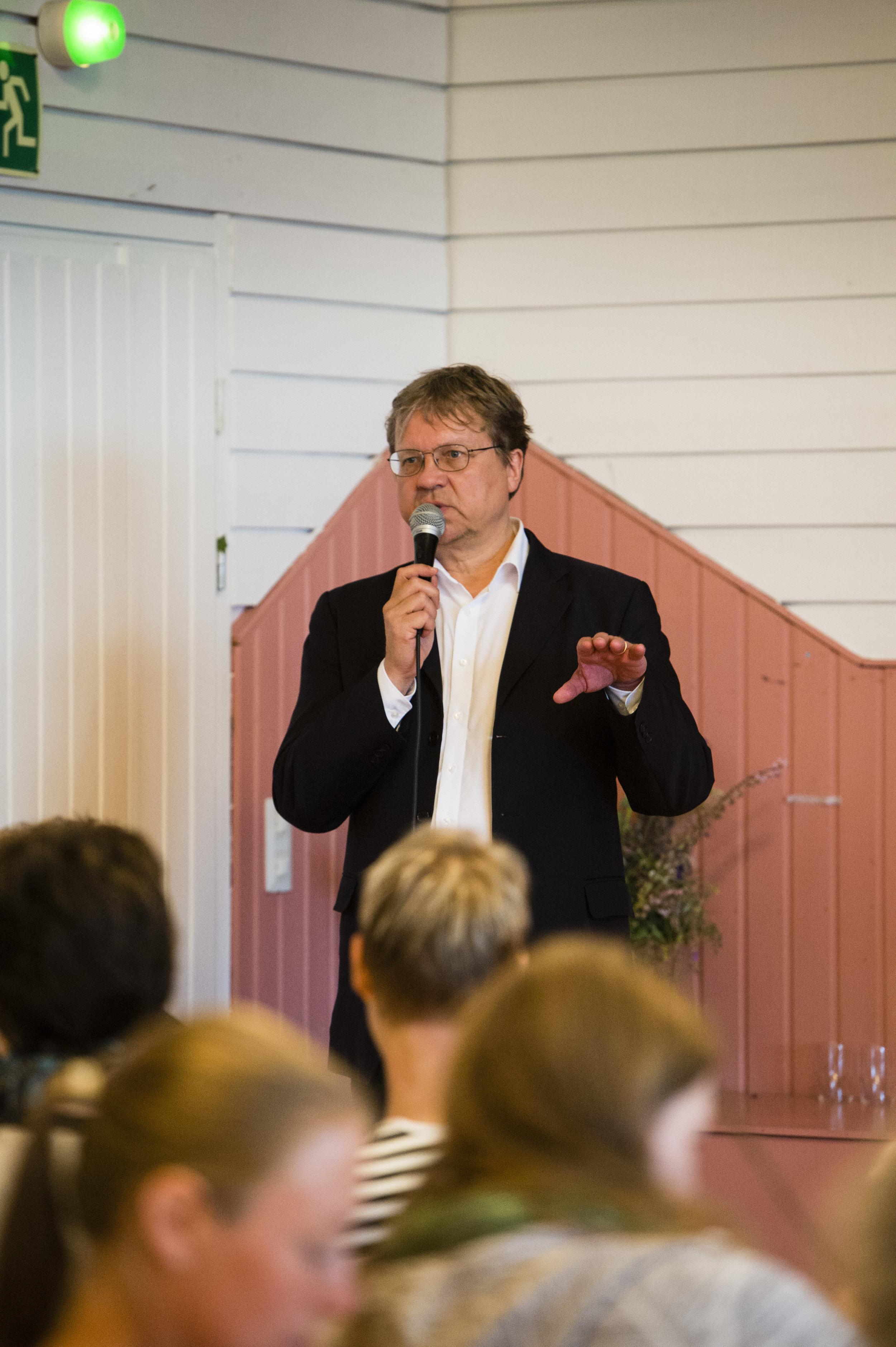 Helsingin apulaiskaupunginjohtaja Pekka Sauri: Kaupunkiviljely eilen, tänään ja huomenna.
