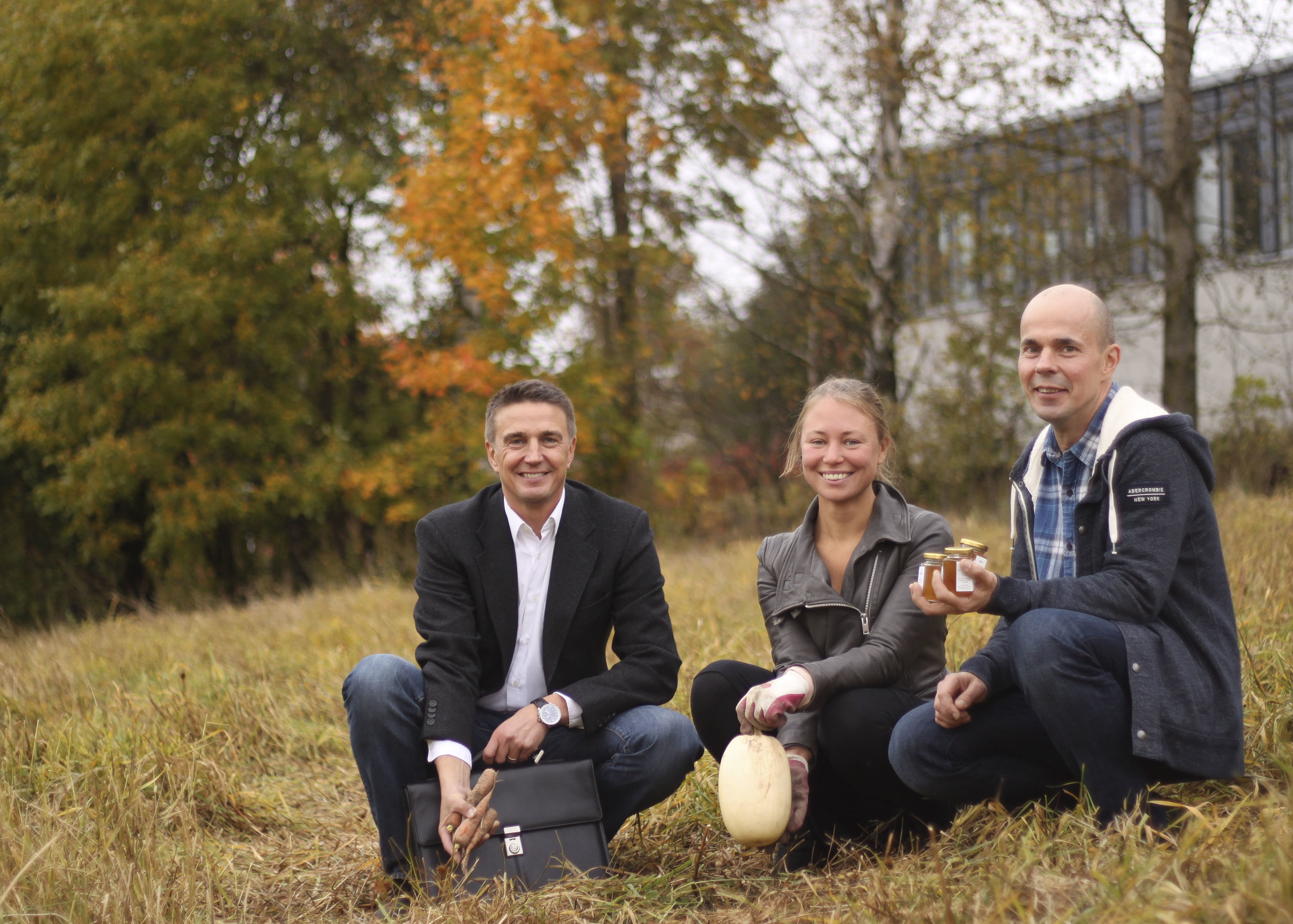 Longinojalla: Juha Ojajärvi, Heidi Hovi & Jarmo Åke