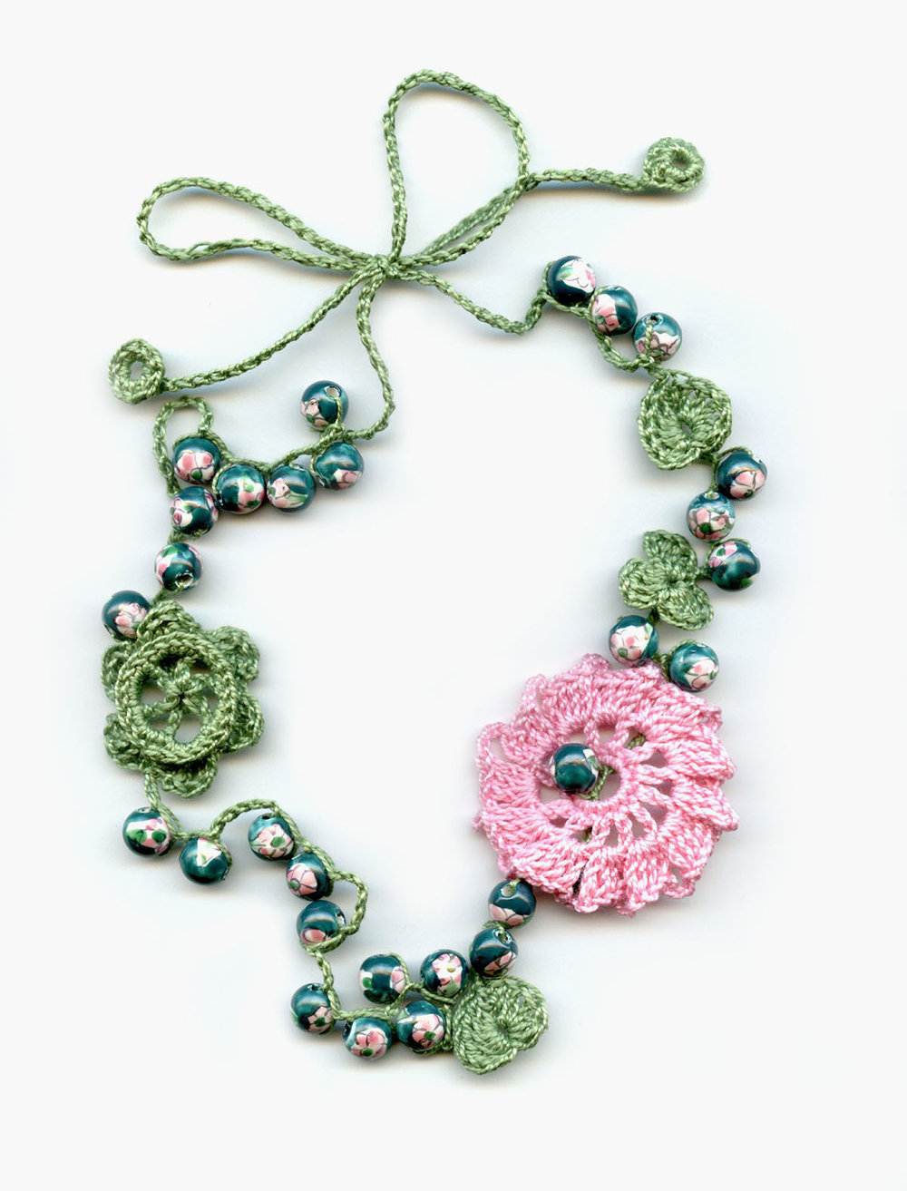 FLOWER BEAD GREEN304.jpg