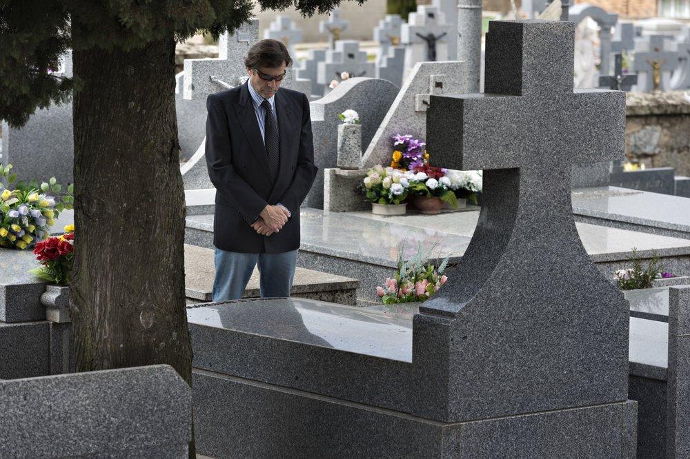 Man-in-Cemetery-1500-56a108d35f9b58eba4b70cad.jpg