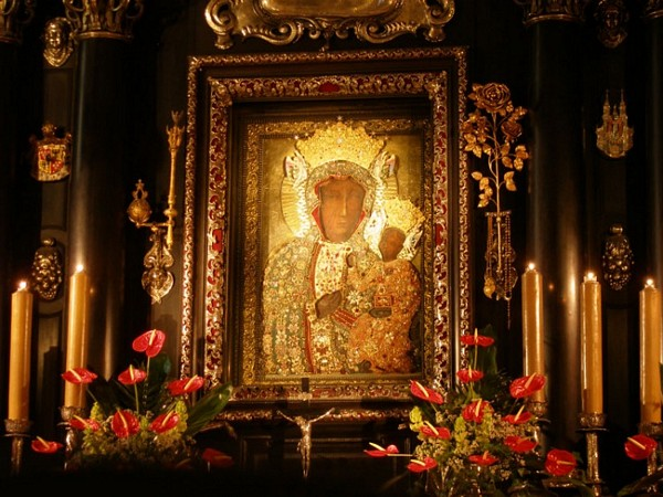 Black_Madonna_Icon_of_Czestochowa.jpg