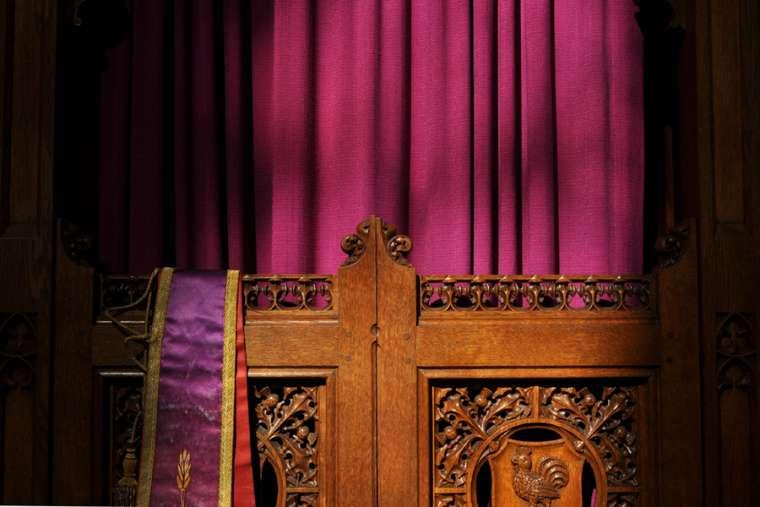 Confessional_Credit_Pleuntje_via_Flickr_CC_BY_SA_20_CNA.jpg