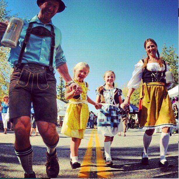 oktoberfest-family.jpg
