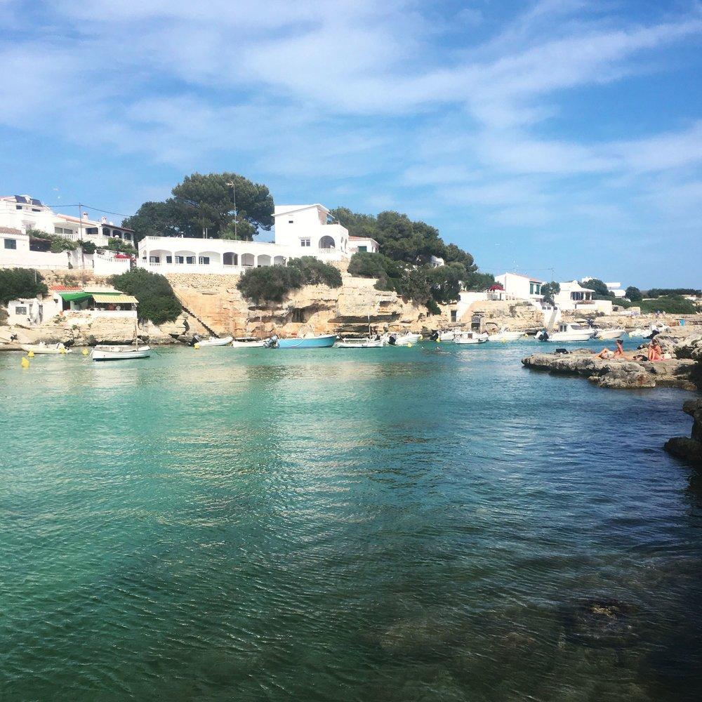 Lozidaze_Menorca-Cala-Alcaufar_02