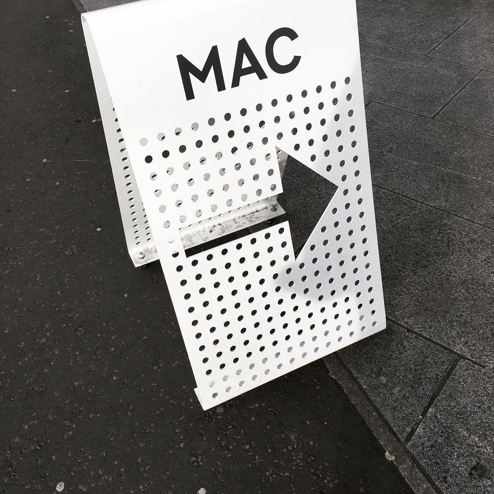 Lozidaze_Belfast_The-MAC_01