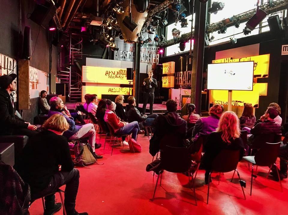Der offizielle Managementkurs des MMF Suisse, in Zusammenarbeit mit AISA Music - Simon Füllemann und MMFSuisse stellen einen neuen Managementkurs vor, der im Herbst 2018 bis Frühjahr 2019 stattfinden wird. Was ihr von diesem einzigartigen Kurs erwarten könnt:Einblick in Label, Vertrieb, Promotion, Buchung, Entrepreneurship: Band, Entrepreneurship: Label & Artists im Jahr 2018, Strategisches Networking, und vieles mehr. Teilnehmer werden lernen, was es braucht und wie man Manager wird.