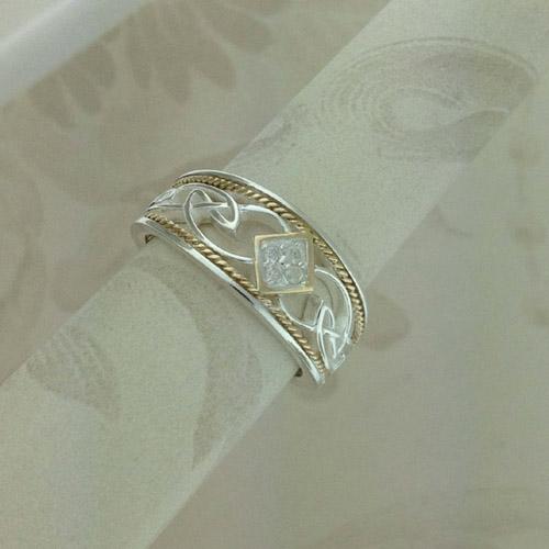 Diamond Celtic Knot Ring