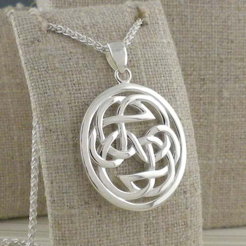 Celtic Lewis Knot in Sterling Silver