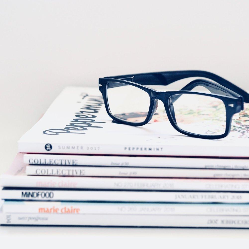 book-eyeglasses-stationary-1018134.jpg