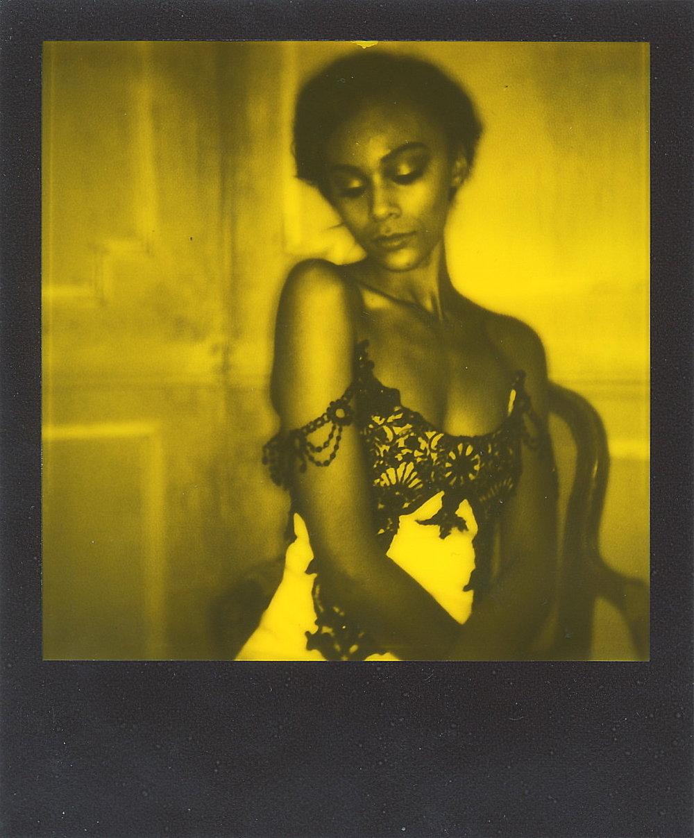 Angelique in Gold