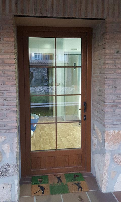 Puertas De Pvc Exterior. Perfect Puerta De Pvc De Entrada Con ...