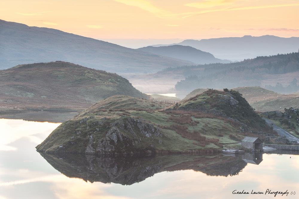 Sunrise at Llyn y Dywarchen