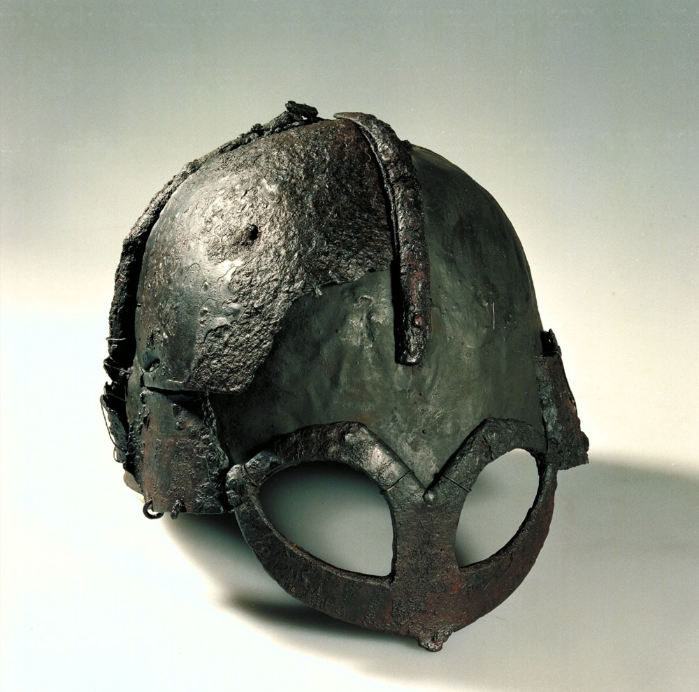 Viking helmet photo courtesy of NTNU Vitenskapsmuseet