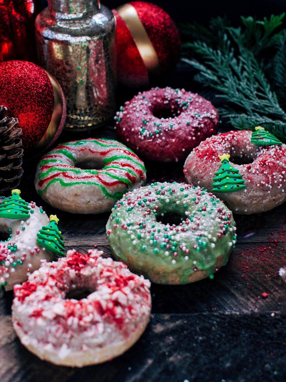 xmas-donuts.jpg