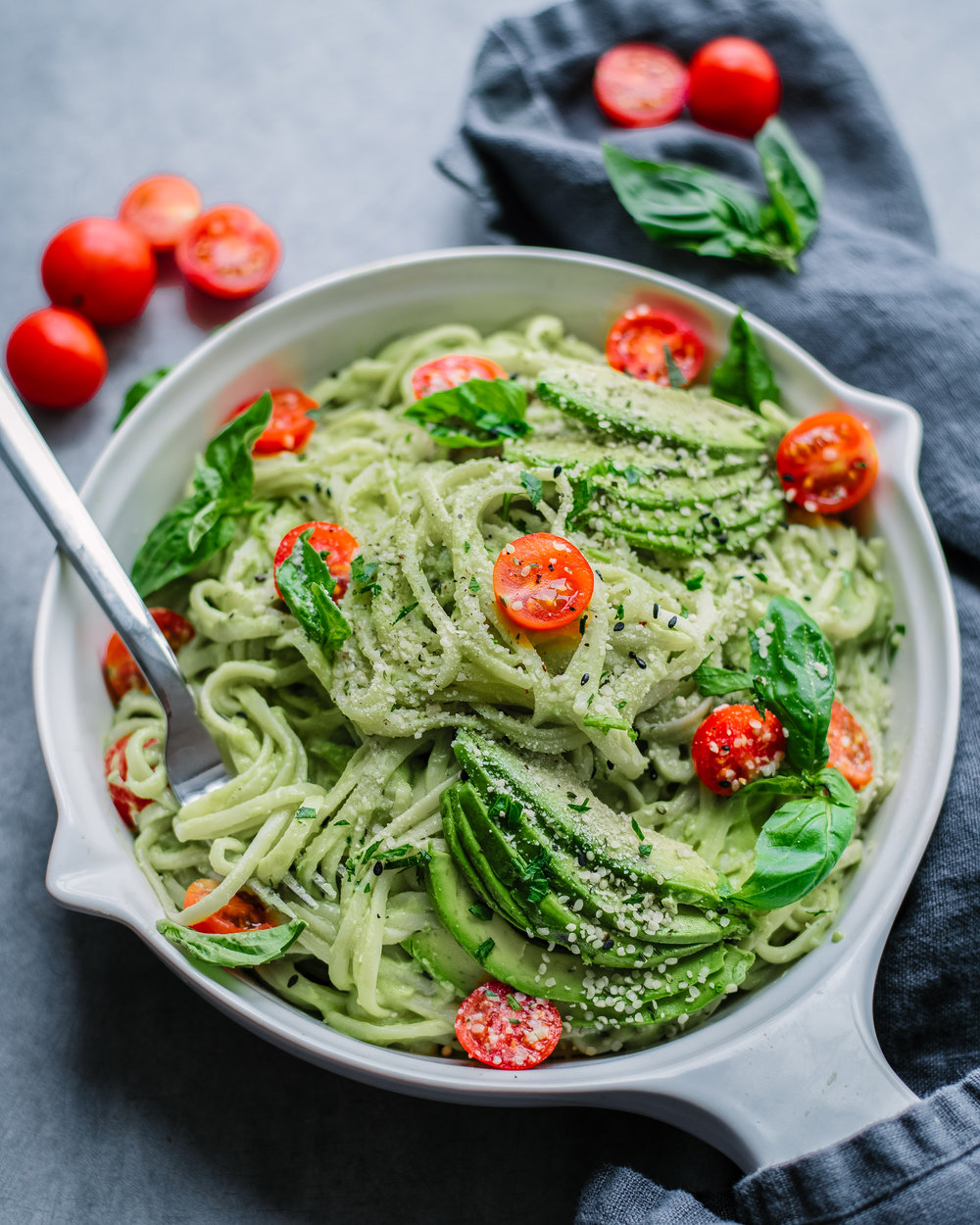 15 Minute Creamy Avocado Pasta - V