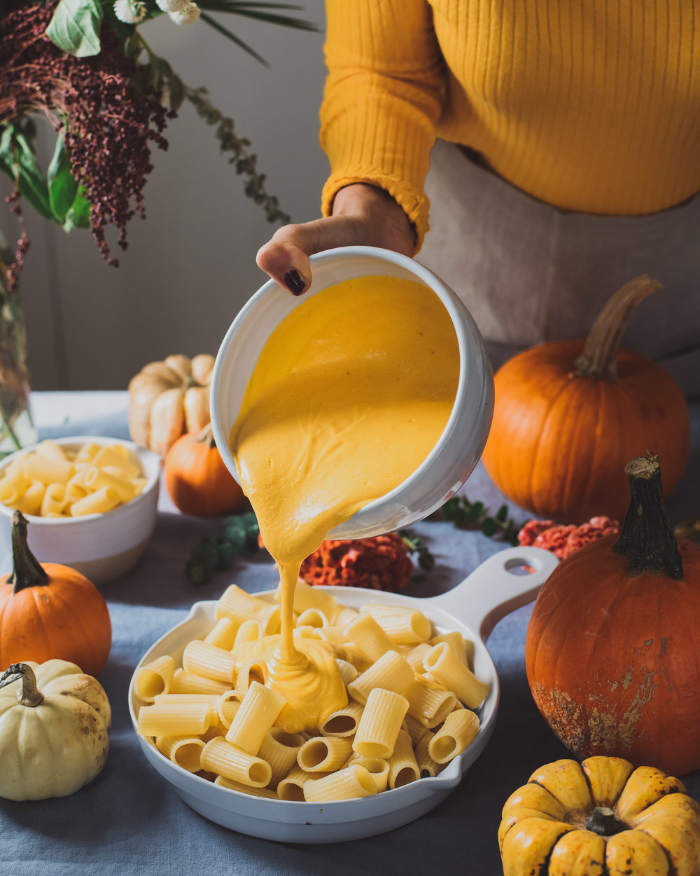 Creamy Pumpkin Mac and Cheese - V