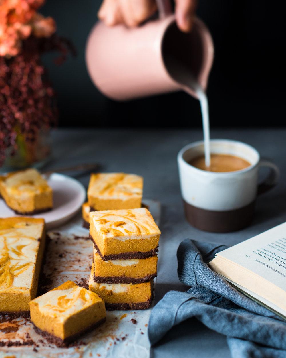 Baked Pumpkin Cheesecake Bars - V