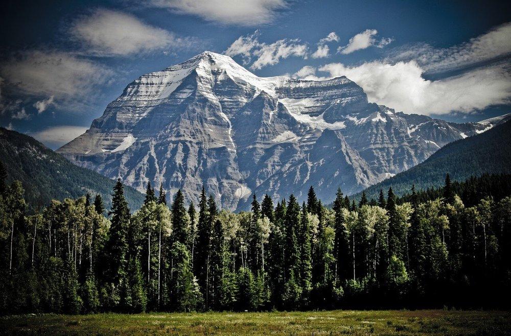 mountain-1462655_1280-2.jpg