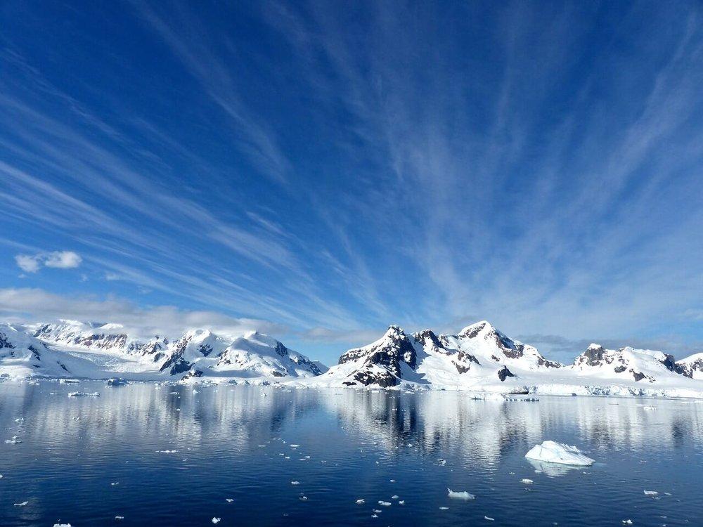 antarctica-1987579_1280.jpg