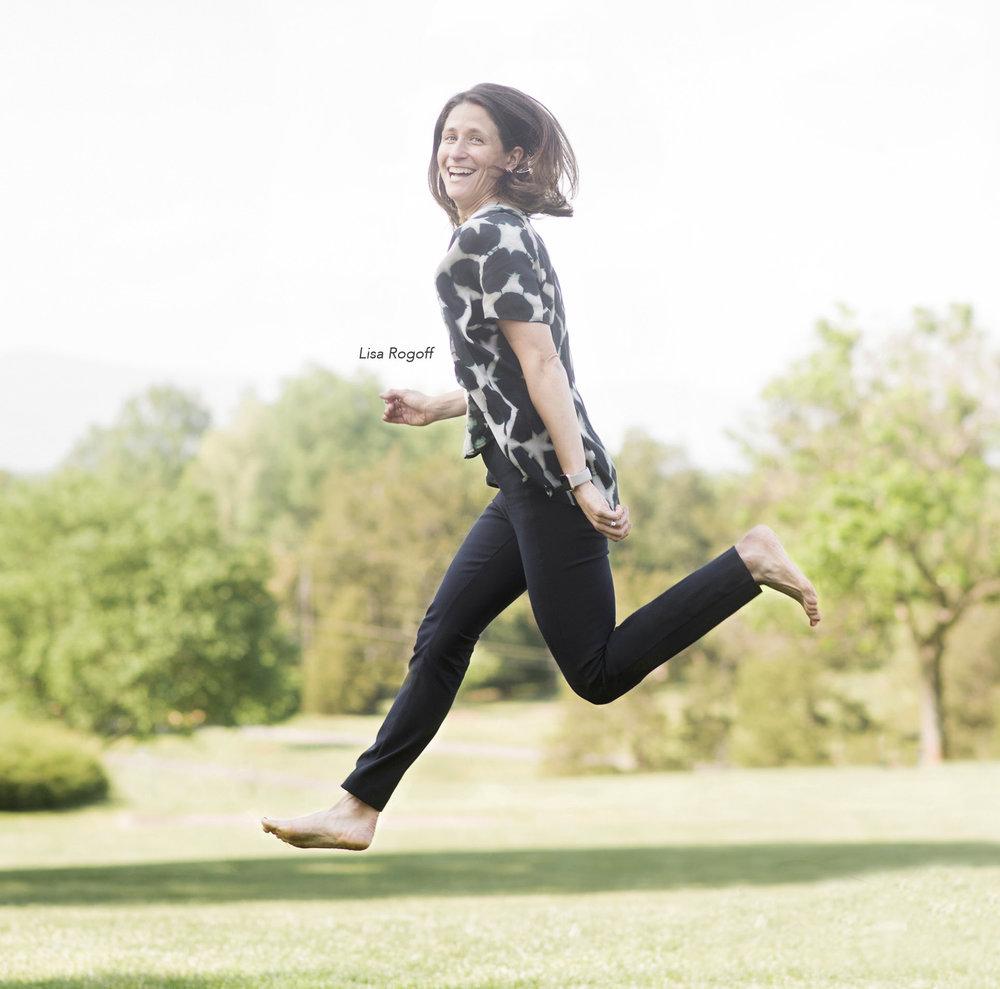Lisa jumping