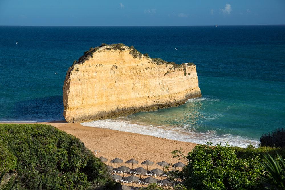Vilalara Thalassa Resort Beach (2).jpg