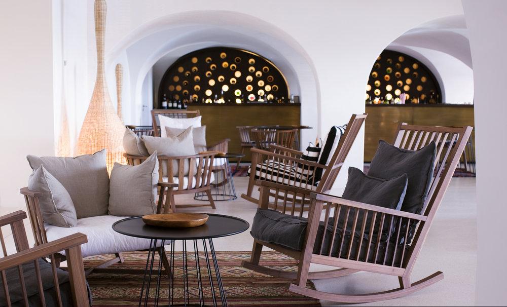 Vilalara Thalassa Resort tonic lounge bar.jpg