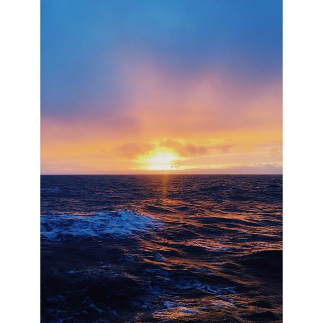 We had one good sunset on the water. This was it. #eastsiberiansea #articocean #polar