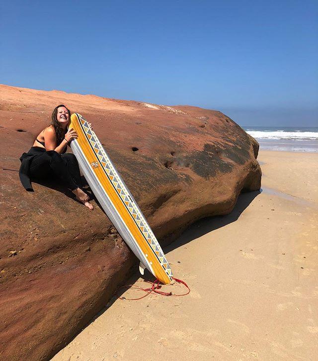 Say hi to my best buddy this week! 👋🏻 #surf #surfing #portugal #peniche #ferrell #surfblend #puresurfcamp #surfcamp #surfboard #fitdutchies