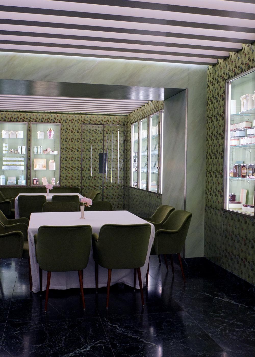 Lisa Aiken, Prada Resort 18, 9.jpg