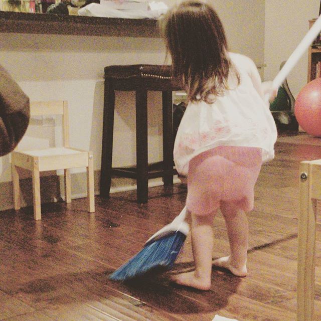 "My little ""helper"". I had to just let go of the broom, she was driving me crazy. Haha #toddlermom #toddlerlife #mamashelper"