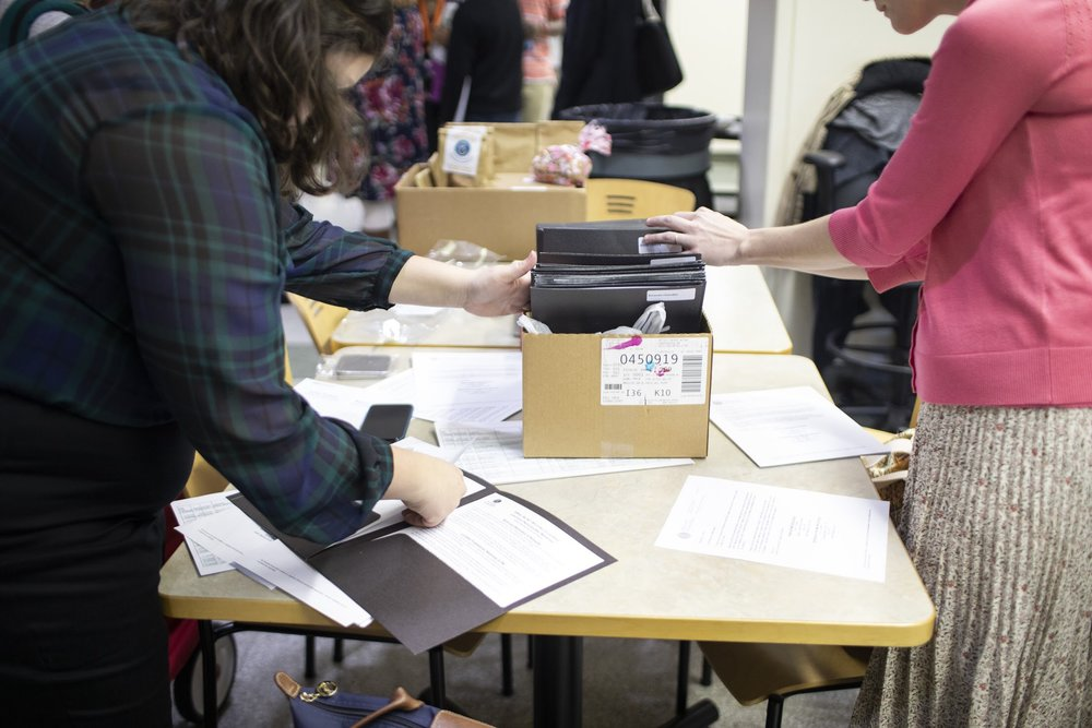Folders for participants.  Photo Credit: Mhari Shaw.
