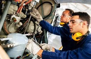 aircraft-mechanics.jpg