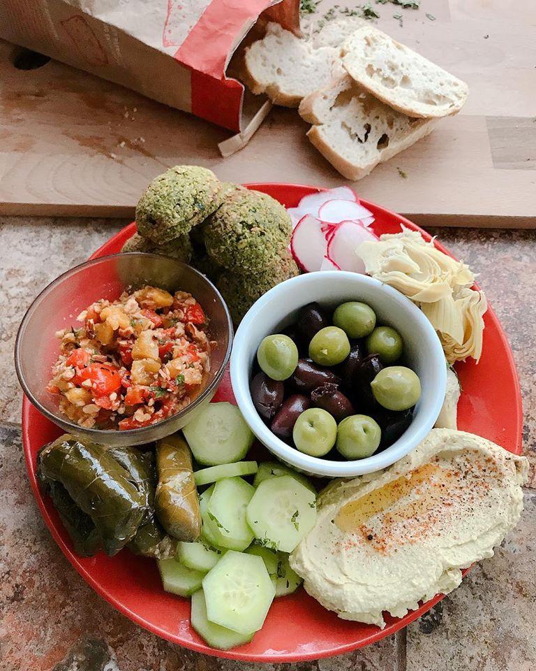 Mediterranean Party Platter.jpg