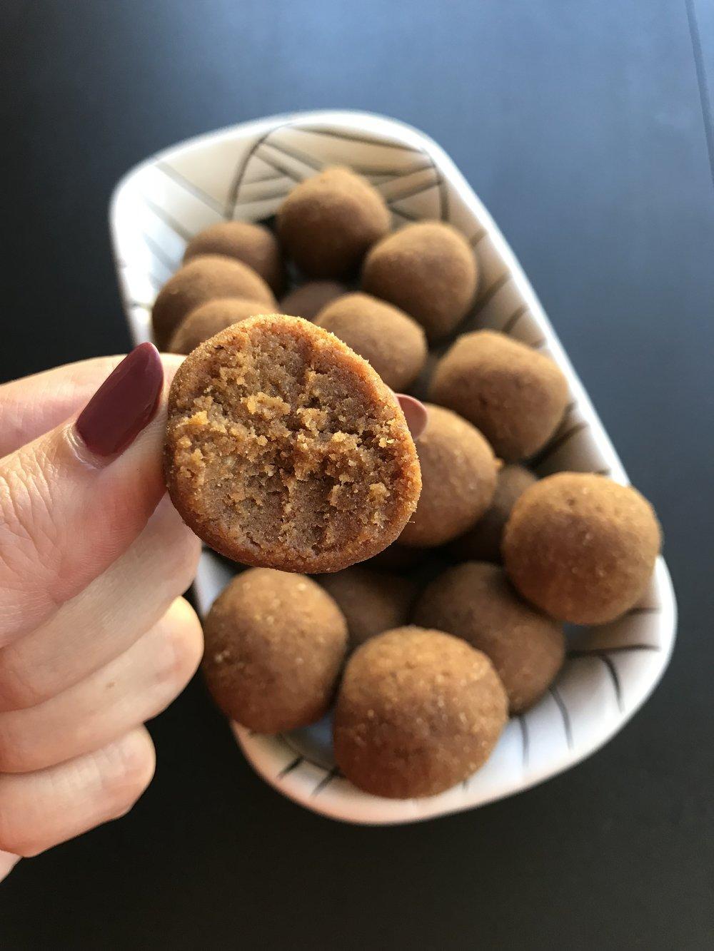 Paleo Pumpkin Spice Ball