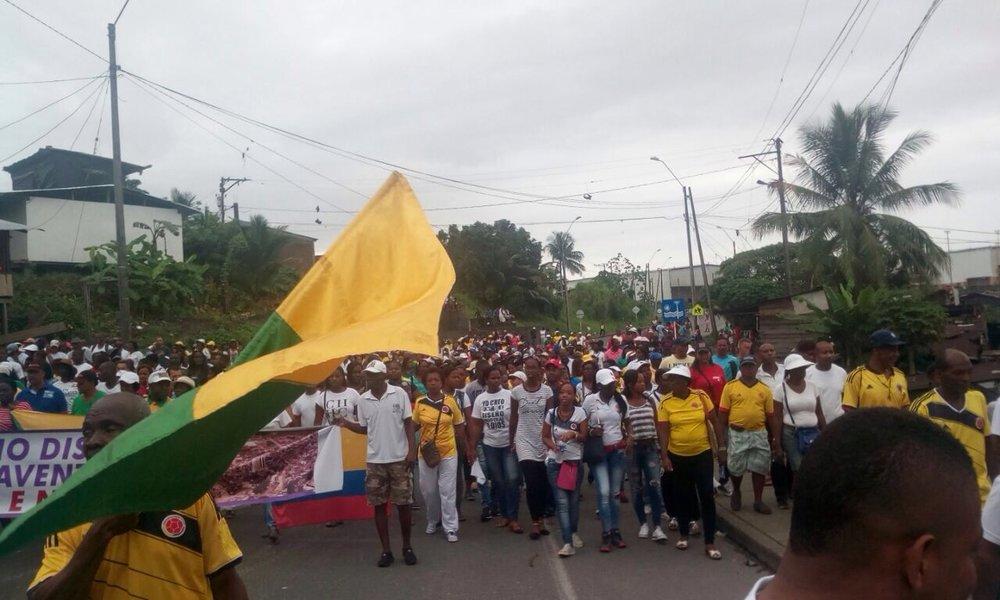march to Isla de la paz 31 may.JPG