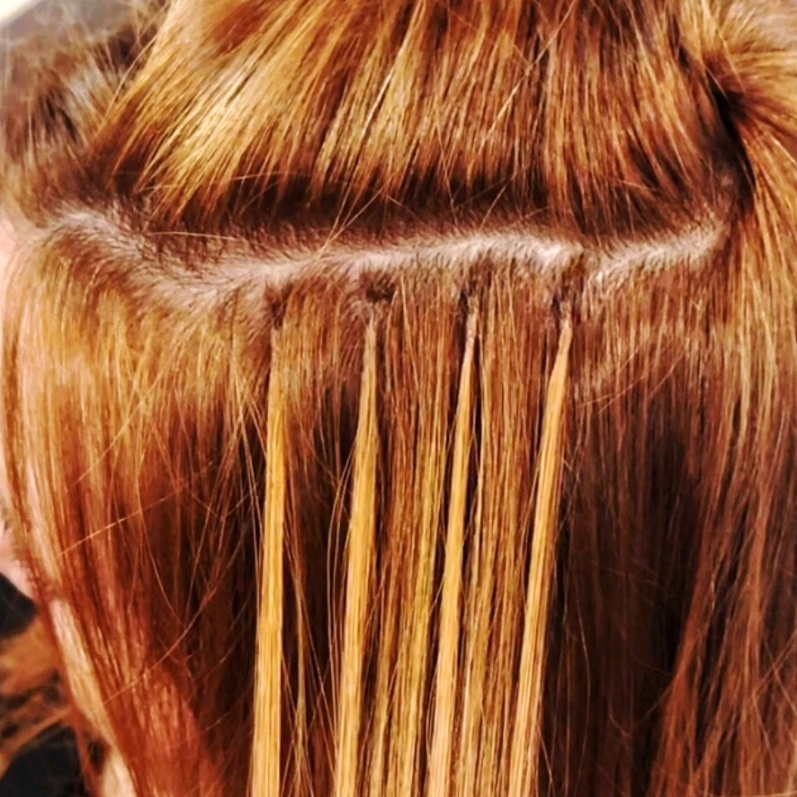 FINE STRANDS HIGHER ON THE HEAD TO CREATE WEIGHT AROUND THE FRONT