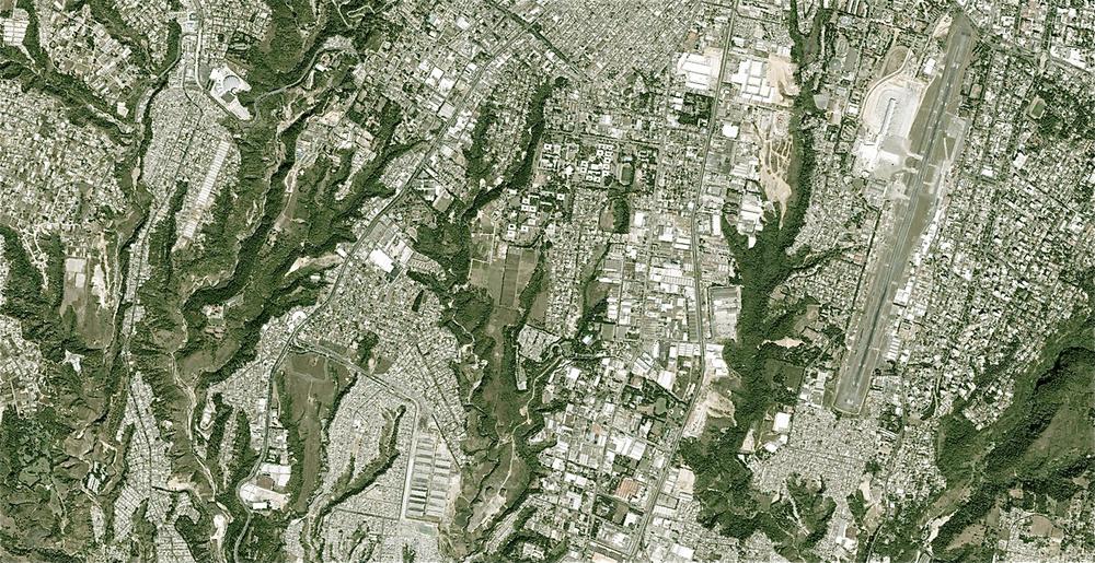 Guatemaltecos presentarán proyecto sobre barrancos en Rotterdam - Diario La Hora 7 de Mayo, 2014
