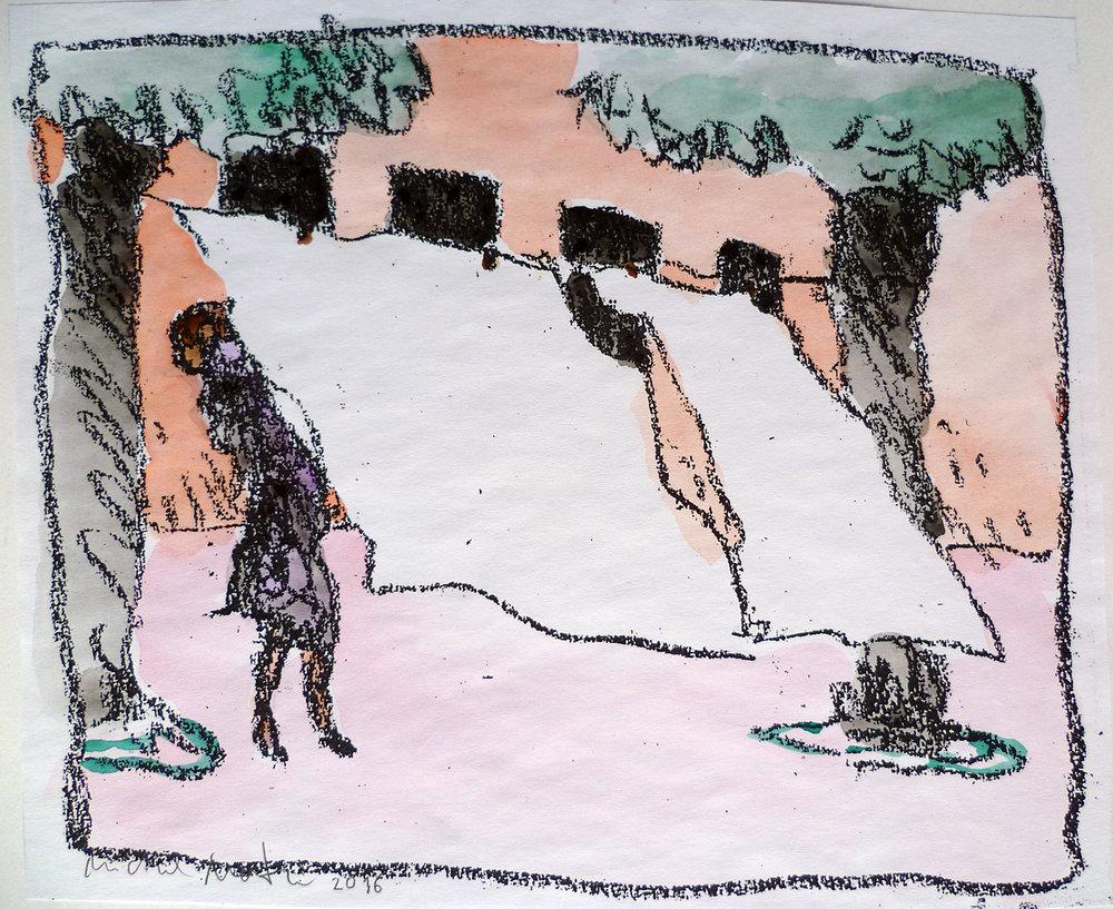 Elle lave le linge et l'étend de l'autre côté de la rue