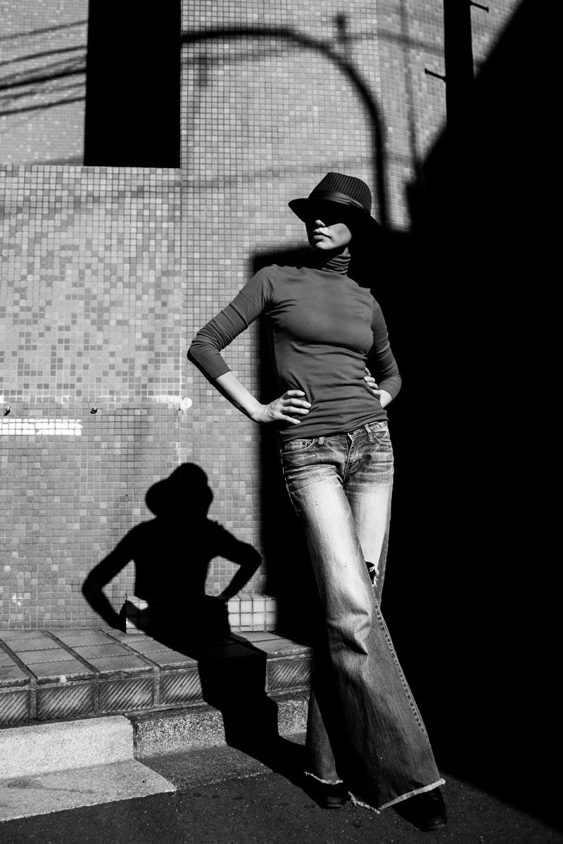 Tokyo backstreets photographer (B&W)