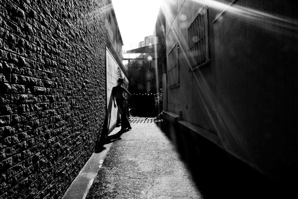 Creative Tokyo backstreet photo shoot