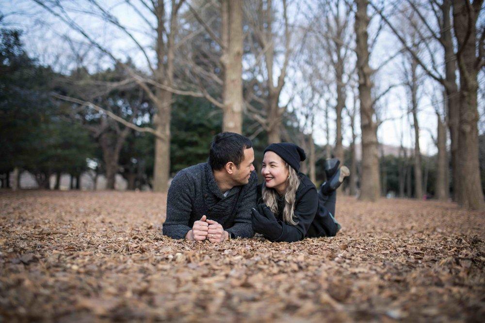 Tokyo pre-wedding photographer (prenup, engagement - Yoyogi Park)