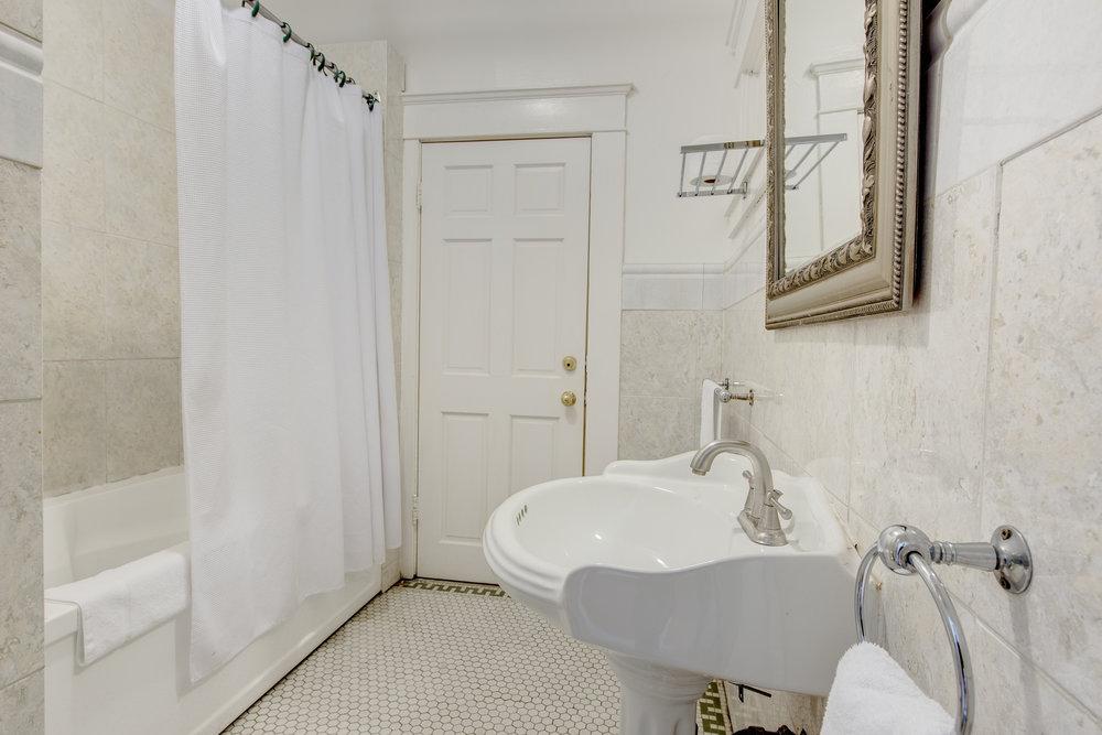 private washroom.jpg