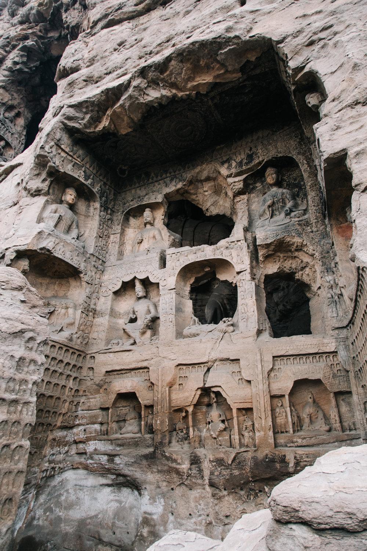 yungang-grottoes-xavier-manhing-19.jpg